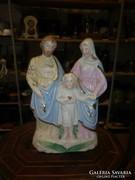 Antik porcelán szent család
