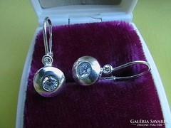 Felnőtt ezüst button fülbevaló