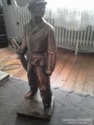 Réz katona szobor