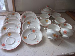 Antik porcelán teás készlet eladó!Számozott, szignózott.