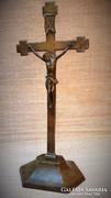 Antik asztali korpusz, feszület