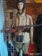 Rákosi vagy szovjet pufajka egyenruha.