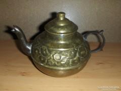 Bájos fedeles réz tea kiöntő (KV)