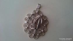 Különleges nagy filigrán ezüst medál