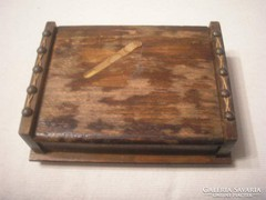 Antik hadifogoly munka szivar-cigaretta kínáló