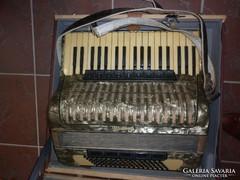 Weltmeister harmonika 96 basszus