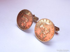 Aranyozott ezüst schillingekből készült mandzsetta