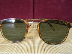 Retró napszemüveg