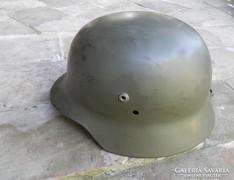 Valami régi katonai sisak