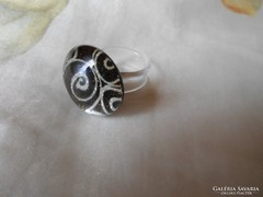 Modern gyűrű