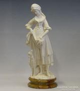 0I143 Nagyméretű alabástrom női szobor báránnyal