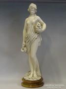 0I190 Nagyméretű alabástrom női félakt szobor