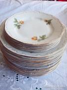3x6 sárga rózsás Zsolnay tányér sor