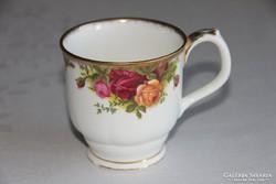 Royal Albert Old Country Roses  bögre (4) - sérült