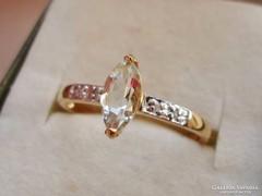 Gyönyörű 9kt-os kis aranygyűrű ritka iolit kővel