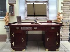 Antik bútor, Szecessziós, art nouevau íróasztal felújított.