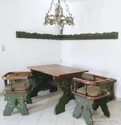 Komplett festett bútor eladó!