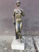 Női akt..szobor.