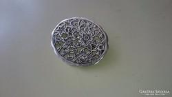Gyönyörű ezüst bross kitűző