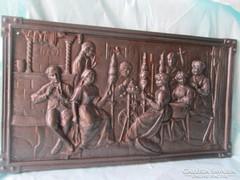 Vasöntvényből készült művészi alkotás falidísz