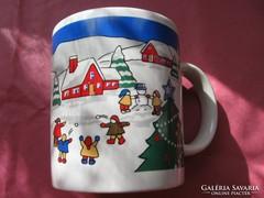Hógolyózó gyerekek karácsonyi bögre