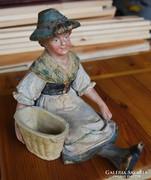 Eichwaldi terrakotta figura