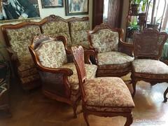 Nádazott barokk nappali