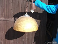 Műanyagbúrás antik lámpa eladó!