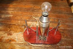 Szárnyas lövegből asztali lámpa - '50-es évek