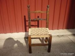 Gyerek szék....