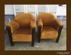 Fotel,különleges karfával