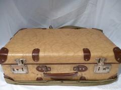 X141 Régi utazó börönd koffer vászon borítással