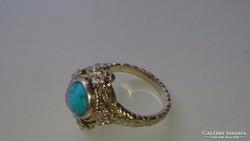 Ezüst gyűrű, aranyozva, türkiz kővel díszítve