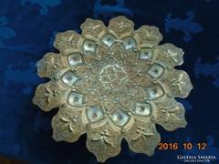 Díszes rozettás arabeszk,csipkézett,iráni-perzsa falitál