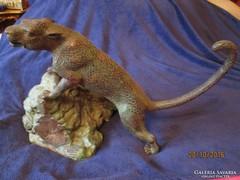Bronz leopárd szobor, szignozott
