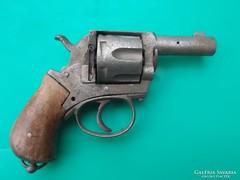Hatástalanított pisztoly az 1800-as évek 2. feléből 04