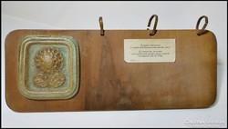 Fehér Lászlóné  asztali naptár - védett kerámia