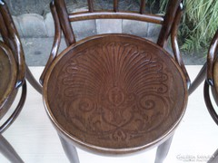 Meseszép Felújított Thonet székek 4 db.