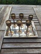 Ezüstözött Remy Martin dísztálca ezüstözött pohárkákkal