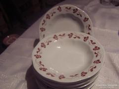 Zsolnay tányérok  11 db