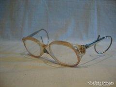 Régi gyermek szemüveg
