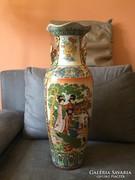 Kinai Padlovaza aranyozott fulekkel.