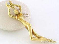 egyedi medál 14 K arany gyémánt különleges 0,04CRT