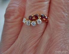 Csodás 0.4ct gyémánt és gránátköves 14kt aranygyűrű