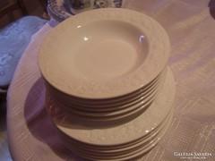 Csodaszép olasz nyomott mintás tányérok