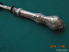 Antik-Barokk ezüst nyelü nagyobb villa-22 cm