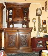 Ónémet eredeti kastély büfé szekrény