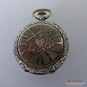 Ezüst apáca óra