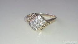 Arany gyűrű 14 k. Cirkonkövekkel /görög díszítés