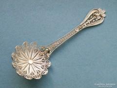 Ap 307 - Filigrán ezüst dísz kanál